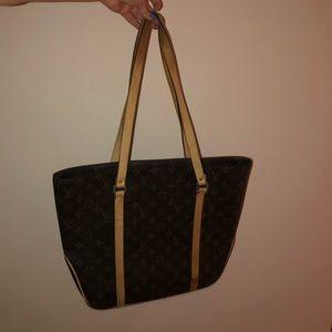 Louis Vuitton vintage authentic shoulder purse